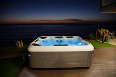 Escape cold and rain and let body and soul experience pure relaxation in an outdoor whirlpool. Where would you like to relax? www.vibo.info/Wellness Hot Tub Privacy, Villeroy, Home Spa, Stunning View, Corner Bathtub, Oasis, Terrace, Modern, Beach House