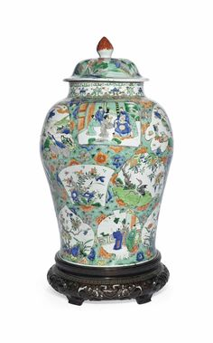 A large famille verte jar and cover, Kangxi period (1662-1722)