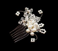 Wedding hair comb with pearl & crystal