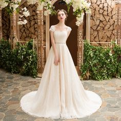 The Bridal Fashion Week for 2019 has come and gone, and it did not disappoint. Wedding Dress Patterns, Wedding Dress Trends, Wedding Bridesmaid Dresses, Designer Wedding Dresses, Bridal Gowns, Wedding Gowns, Dresses Short, Bridal Fashion Week, Bridal Style