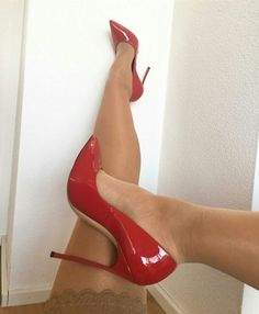Love or hate these #high heels then please comment. #stilettoheelssandals