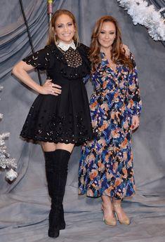Jennifer Lopez and Leah Remini J Lo Fashion, Autumn Fashion, Womens Fashion, Celebrity Faces, Celebrity Style, Jennifer Lopez Outfits, Corporate Wear, Beautiful Celebrities, Looking For Women