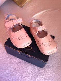 Zapatos de niña nuevos talla 22