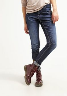 aee2cb4dde9d The 55 best Zalando ♡ 90s images on Pinterest   Topshop, Rigs and T ...