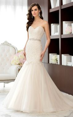Essense of Australia   Lace fit and flare gown with full tulle skirt.    Ellynne Bridal - Lincoln, NE