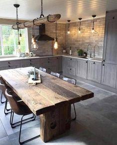 Kjære deg som liker mitt kjøkken på hytta fra 💛 I kvel. Farmhouse Style Kitchen, Home Decor Kitchen, Rustic Kitchen, Modern Interior Design, Interior Design Living Room, Home Kitchens, Kitchen Dining, Kitchen Ideas, Kitchen Remodel