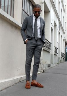 Gray suit, Brown Loafer= Win