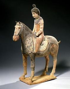 Chinese Terracotta Statue of a Female Rider  PERIOD618 - 906 AD  CULTUREChinese, Tang Dynasty  CATEGORYChinese  DIMENSIONS40 cm H x 32 cm L Terracota, Chinese Figurines, Pottery Sculpture, Horse Sculpture, China Art, Ancient China, Equine Art, Ancient Artifacts, Chinese Culture