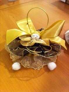 Ange pour déco Noël fabriqué en 3 jupes - 1 en dentelle, ruban et satin.