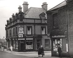 City Arms Headlam Street Unknown 1967 by Newcastle Libraries Street Look, Street View, Old Photos, Vintage Photos, The View Show, North Shields, Old Pub, Industrial Architecture, Present Day