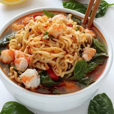 Make these delicious recipes for a tasty dinner everyone will enjoy. These meals are the opposite of boring and taste amazing. Stay slim and fit with these healthy lunch and dinner meals.