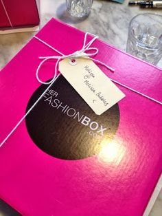 Bubbles On: Beauty, Fashion & Life!: Her Fashion Box Brunch