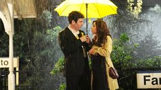 """We've known about the yellow umbrella for a few seasons now, and it's been used to """"show"""" the mother before we met her, hiding her face. When Ted Ted Mosby, How I Met Your Mother, Ted E Tracy, Netflix November, Ted And Robin, Ask Out, Meeting Someone New, Yellow Umbrella, Barack And Michelle"""