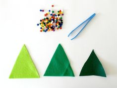 Toddler Christmas Activity: Decorate the Felt Christmas Trees with Pompoms~ Buggy and Buddy