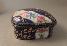 Vintage Trinket Box, English China, English Trinket Box, China Trinket Box, Porcelain Trinket Box, Bone China, Vintage Jewelry Box