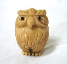 Vintage Owl Netsuke, tagua nut, hand-carved, Japanese, Excellent