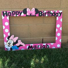 Party ideas birthday girl minnie mouse 44 New Ideas Minnie Mouse 1st Birthday, Minnie Mouse Theme, 3rd Birthday Parties, Girl Birthday, Birthday Ideas, Mickey Party, First Birthdays, Photo Booth, Photo Frame Prop