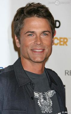Hottie Hall of Fame. Rob Lowe, actor. I always preferred him over Tom Cruise. Lowe still looks great!