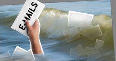 Stressprävention am Arbeitsplatz: Mach Schluss mit dem E-Mail-Chaos, Boss! Zurück aus den Weihnachtsferien und das Postfach ist voll?  Beschweren Sie sich bei Ihrem Chef.  Technische Helferlein können zwar die E-Mail-Flut eindämmen. Damit sie abebbt, braucht es aber klare Regeln für die Firma. #stressprävention #stress-am-arbeitsplatz #emails #burnout #burnoutprävention #email-flut #gesundheit #businessdoctors www.business-doctors.at