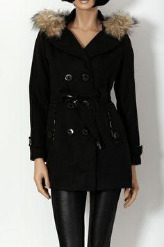 Manteau noir avec capuche fourrure et intérieur léopard