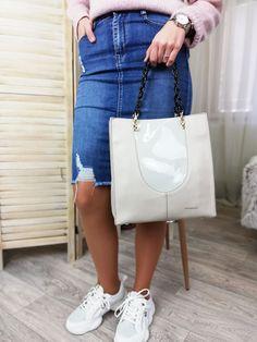 Najkrajšie kabelky.sk Beige, Shoulder Bag, Fashion, Moda, Fashion Styles, Shoulder Bags, Fashion Illustrations, Ash Beige