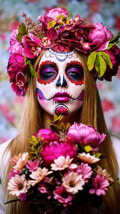 Day Of The Dead Woman, Day Of The Dead Art, Sugar Skull Halloween, Sugar Skull Costume, Sugar Scull, Sugar Skull Art, Sugar Skull Face Paint, Festival Looks, Skull Art