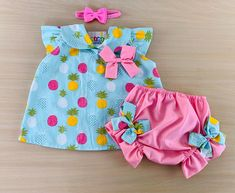 Cute Baby Dresses, Kids Outfits Girls, Little Girl Dresses, Girl Outfits, Baby Frocks Designs, Baby Dress Design, Frocks For Girls, Baby Gown, Baby Kids Clothes
