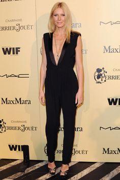 #NEB #noiretblancbrand #noiretblancconcept #blackandwhite #fashion #redcarpet #bestdressed