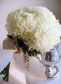 white dahlia bouquet - summer season flower