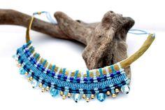 Brass and Macrame Necklace por EstrellaConde en Etsy