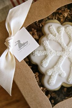 Decorated Snowflake Cookies-perfect cookies for winter treats