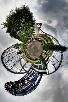 """Photographer heiwa4126's """"Stereographics"""" an eye-bending collection of """"little planet"""" panoramas and ultra-wide fisheye images shot mostly in Tokyo."""