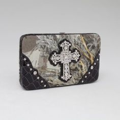 LICENSED REALTREE CAMO CAMOUFLAGE WALLET FRAME WALLET RT1-AW251A MAX1/BK by Realtree. $18.99. Transparent ID window. Multiple flat currency compartments. Back pocket with snap button closure.. With Rhinestone deco. LICENSED Realtree. Made of high quality fabric and leather-like trim. Push button closure. Multi credit card slots. Matching checkbook cover included.. Product Specifications: Style: Wallets - Frame Wallets; Color: Camouflage Realtree MAX1/ Black;  Materi...
