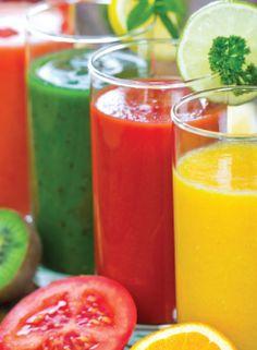 ¿Le gusta el jugo fresco de manzana o de otras frutas? Cuando se exprimen las frutas y verduras frescas,  hay riesgo que las bacterias terminen  en su jugo. Conozca  5 consejos sencillos para hacer jugos en casa de manera segura.  http://go.usa.gov/3tsgP