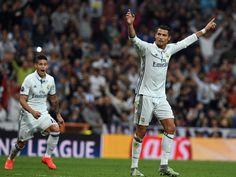 'Trung thành và khiêm tốn' Cristiano Ronaldo không ăn mừng dù lập kỷ lục