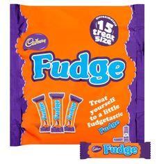 Cadbury Fudge British Chocolate, Chocolate Bars, British Candy, My Slimming World, Treat Yourself, Pop Tarts, Fudge, Snack Recipes, Treats