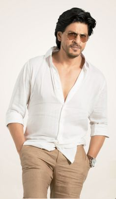 Embedded image permalink-HQ picture of Shah Rukh Khan from his latest Mahagun Moderne Ad. Shahrukh Khan Family, Shahrukh Khan And Kajol, Shah Rukh Khan Movies, Top Celebrities, Indian Celebrities, Bollywood Celebrities, Bollywood Actress, Bollywood Stars, Sr K