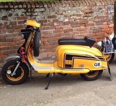 """""""@geepee71: Cleethorpes scooter rally tomorrow, 1st time for 5 years #lambretta pic.twitter.com/iou1xeIYxv"""""""