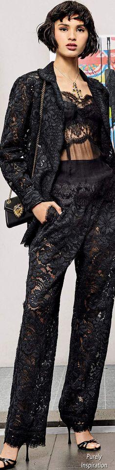 Couture Fashion, Diy Fashion, Fashion Outfits, Womens Fashion, Fashion Design, Fashion Trends, Dolce & Gabbana, Fashion 2020, Runway Fashion