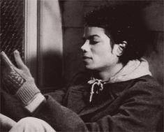 Cartas para Michael: Gifs de Michael