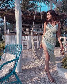 Take Inspiration From This Blogger For Honeymoon Outfits For Beach! Plain White Shirt, Honeymoon Outfits, Crochet Bikini Top, Romantic Honeymoon, Beach Look, Black Bikini, Satin Dresses, Fashion Stylist, Sexy Lingerie