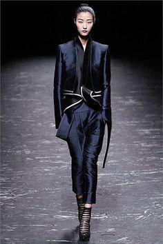 Sfilata Haider Ackermann Paris - Collezioni Primavera Estate 2013 - Vogue