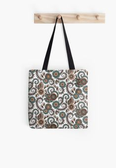 « Tapisserie cachemire - indian paysley » par LEAROCHE Tote Bag, Fashion, Cashmere Wool, Tapestry, Bag, Moda, Totes, Fasion, Trendy Fashion