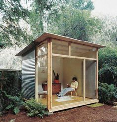 Indoor/outdoor studio