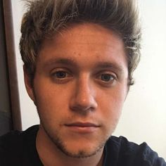 Niall Horan Roots For Another Boy Band In Los Angeles - http://oceanup.com/2016/09/08/niall-horan-roots-for-another-boy-band-in-los-angeles/