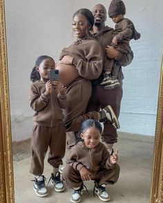 Black Couples, Cute Couples, Couple Pregnancy Photoshoot, Family Is Everything, Cute Swag Outfits, Family Goals, Black Love, Mommy And Me, Baby Fever