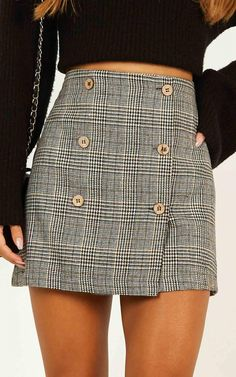 Complete your look with the Thoughts Of You Skirt In Black Check from Showpo! Buy now, wear tomorrow with easy returns available. Skirt Outfits, Cute Outfits, Stylish Outfits, Beautiful Outfits, Girly Outfits, Beach Outfits, Outfits For Teens, Winter Outfits, Sixth Form Outfits