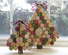 Set of 2 Wine Cork Christmas Trees by 4EyesAndEars on Etsy, $45.00 - how hard could these be to make?