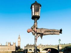 Yoga photography in London with Big Ben in view! Great shot! Great pose! #yogaphotography #yogalondon #yoga #London