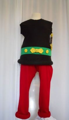 world book day costumes for adults ideas & adults world book day costumes ideas Boy Costumes, Adult Costumes, Diy For Kids, Cool Kids, World Book Day Ideas, Asterix Y Obelix, Fancy Dress, Dress Up, World Book Day Costumes